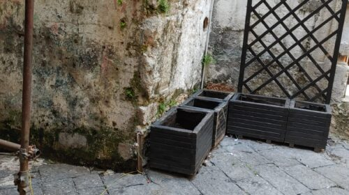 """Salerno, pulizia delle strade del Centro Storico. Il sindaco Napoli: """"Staneremo gli incivili"""""""