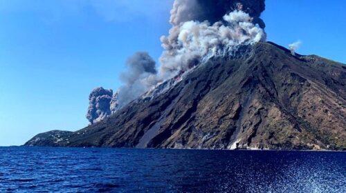 Stromboli, esplosione del Vulcano all'alba: paura sull'isola