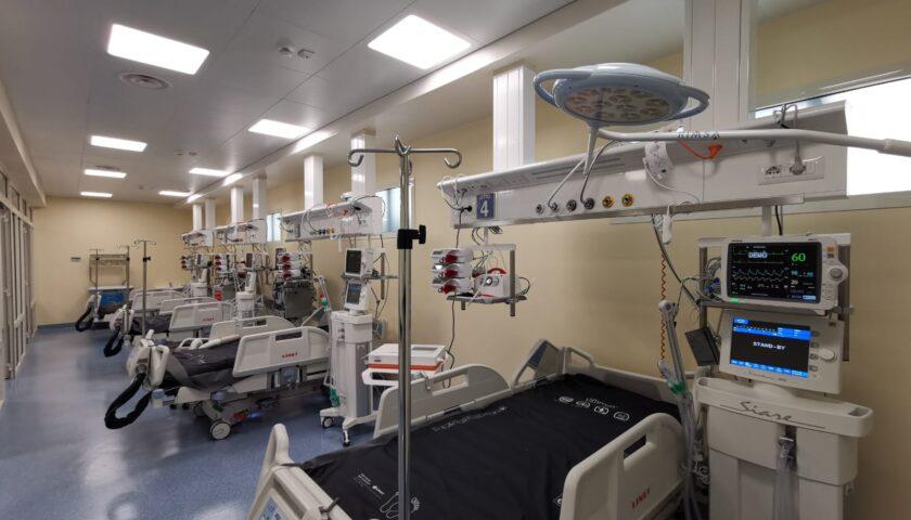 """La risposta degli anestesisti rianimatori ad Arcuri: """"Solo il ventilatore non salva la vita"""""""