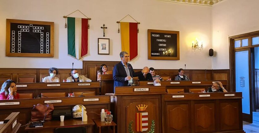 Cava de Tirreni – approvato il nuovo bilancio consuntivo
