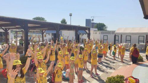 """Partito oggi il progetto """"Estate Pellezzanese"""" con 100 bambini presso il Lido dell'Esercito a Salerno"""