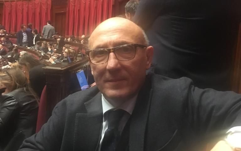 """Il senatore salernitano Enzo Fasano assente alla votazione sul Mes: """"Ho gravi problemi di salute"""""""