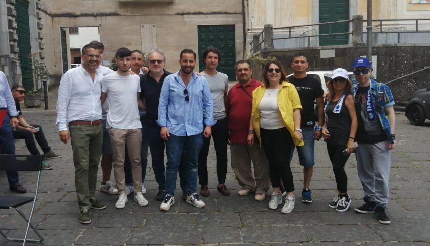 """La Lega torna in piazza con Lucia Vuolo: """"Stop clandestini e cartelle di Equitalia"""""""