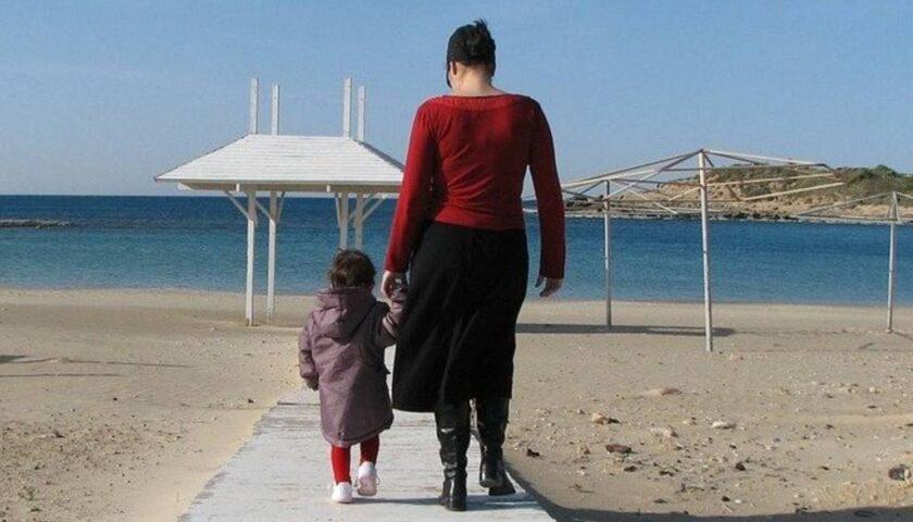 Assegno unico di 200 euro per famiglie con figli