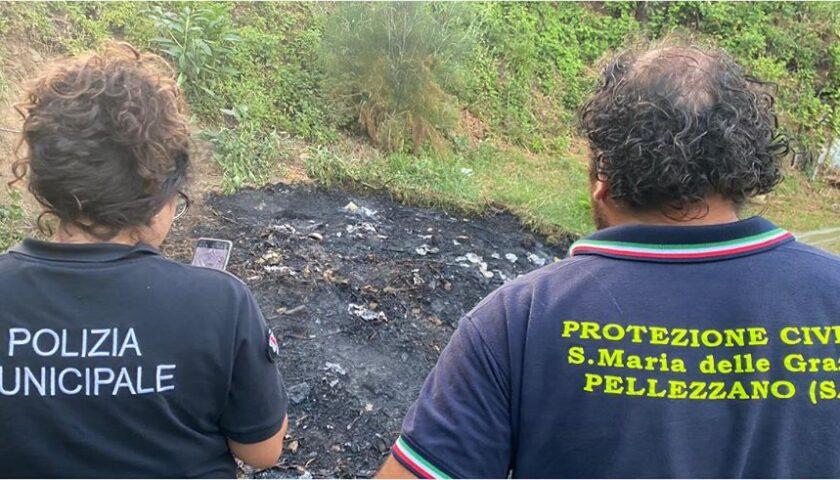 Casignano di Pellezzano: incendio domato dalla protezione civile e dai vigili urbani