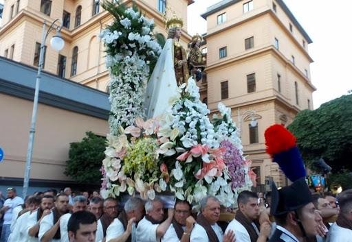 Domani al via i festeggiamenti della Madonna del Carmine, non ci sarà la processione