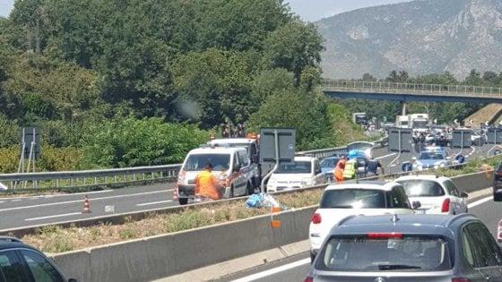 Schianto sulla A1, muoiono padre e figlio di 10 anni della provincia di Salerno