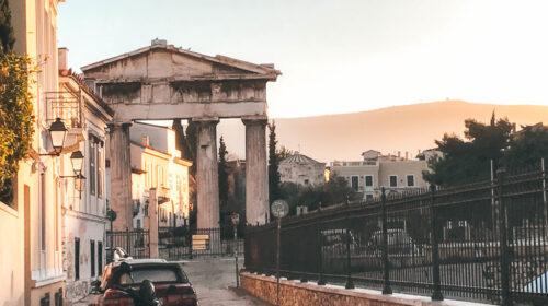 Covid, aumenti dei contagi in Grecia: obbligo di mascherine