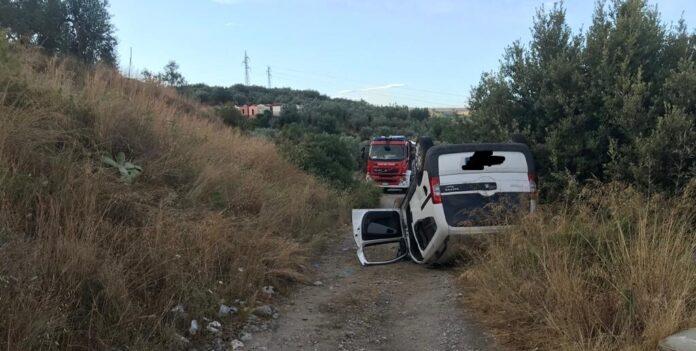 Perde il controllo dell'auto a Olevano sul Tusciano e fa un volo di 4 metri: finisce al Ruggi un 43enne di Battipaglia