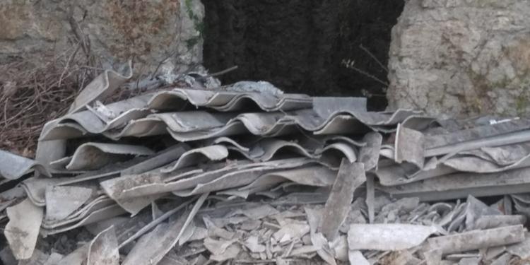 A Montecorvino Pugliano scoperta una discarica abusiva di amianto