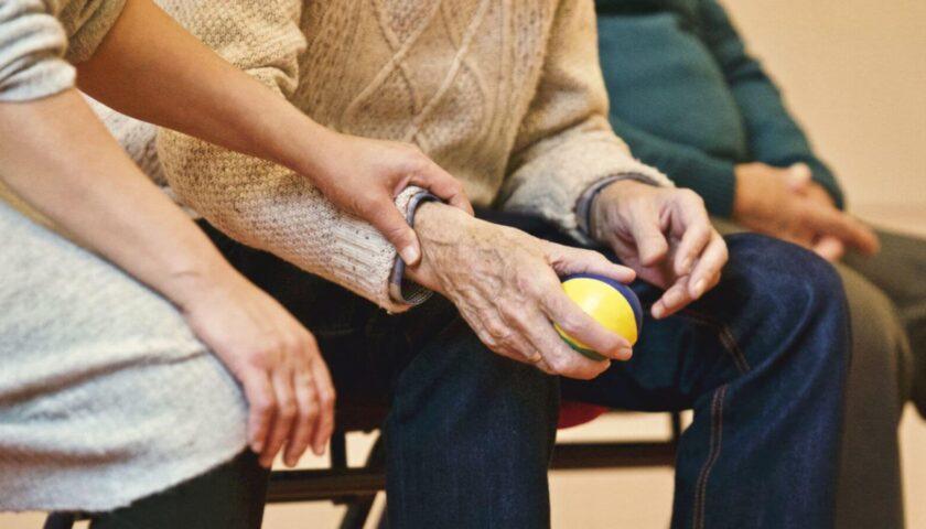 Ansia a Siano nella casa di riposo: 26 positivi e un decesso