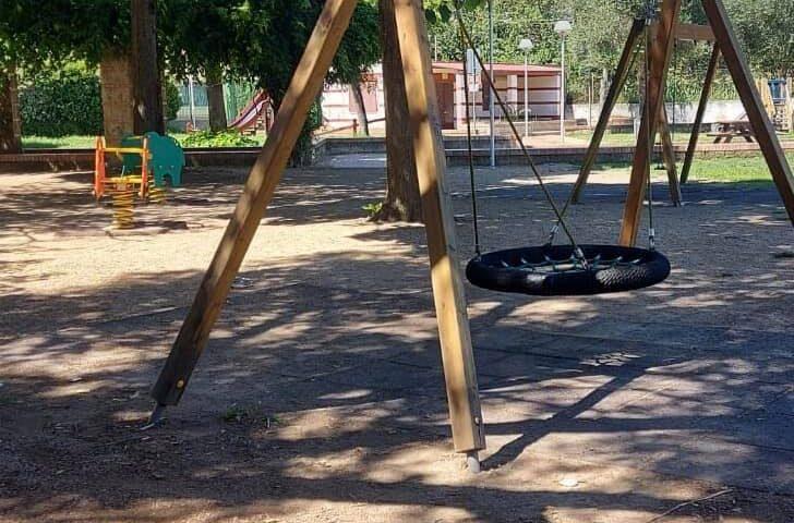 Baronissi – pavimentazione in sicurezza al parco giochi Olimpia