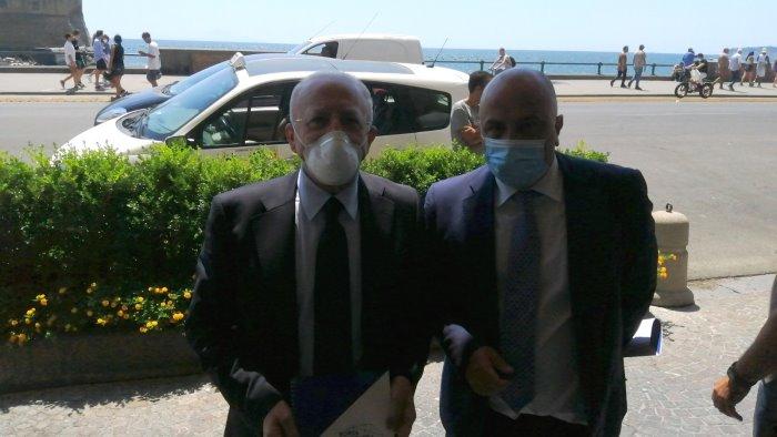 """BMFL, D'Avenia consegna a De Luca il """"documento partecipato"""""""
