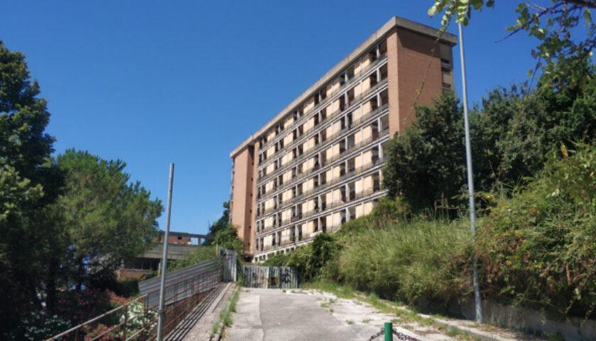 """Palazzo ex Enpals a Sala Abbagnano, Celano e Cammarota: """"No alla speculazione edilizia"""""""