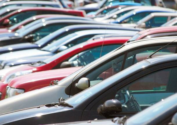 Evasione sull'acquisto di auto, nei guai titolare di agenzia pratiche