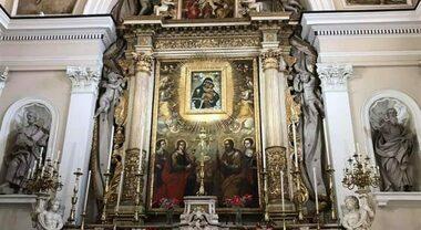Pagani, ruba al parroco che celebra la Santa Messa