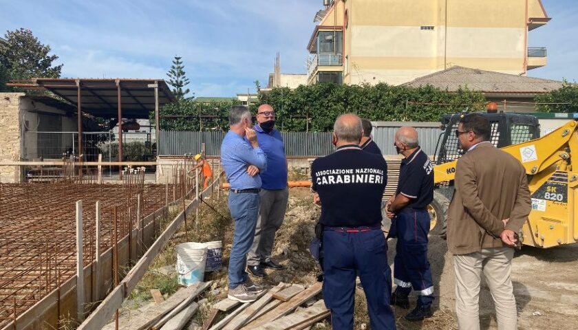 Caserma Carabinieri a Nocera Superiore, nuovo sopralluogo del sindaco all'ex mattatoio