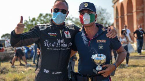 Aci Salerno protagonista della scena sportiva grazie ai suoi piloti: Giovanni Loffredo trionfa e dona la coppa alla Polstrada di Sassari