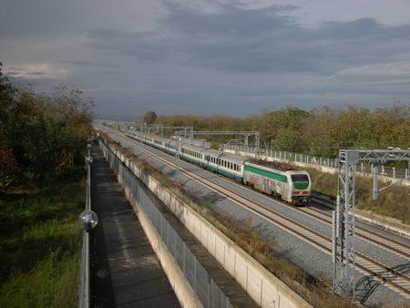 Trenitalia, 20 giorni di stop sulla linea veloce da Napoli a Salerno: dal 21 settembre all'11 ottobre