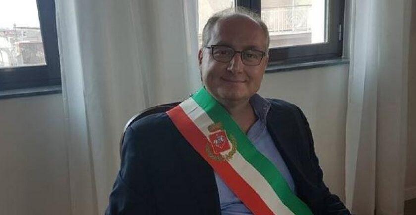 """San Valentino Torio, la minoranza incalza il sindaco Strianese: """"Comune in stato di pre-dissesto"""""""
