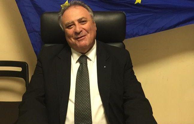 """Posizioni organizzative al Comune di Cava de' Tirreni, il segretario della Csa provinciale, Angelo Rispoli, scrive al sindaco Vincenzo Servalli: """"Basta provocazioni, tuteliamo i lavoratori"""""""