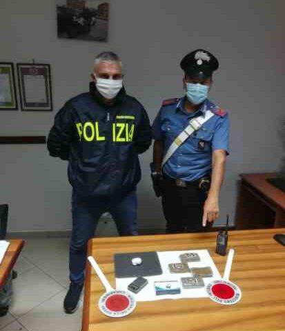 Spaccio a Montecorvino Rovella, arrestato il pusher. Denunciato il complice