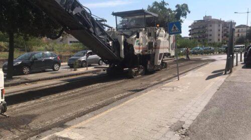 Battipaglia – procedono i lavori per il rifacimento della pavimentazione stradale