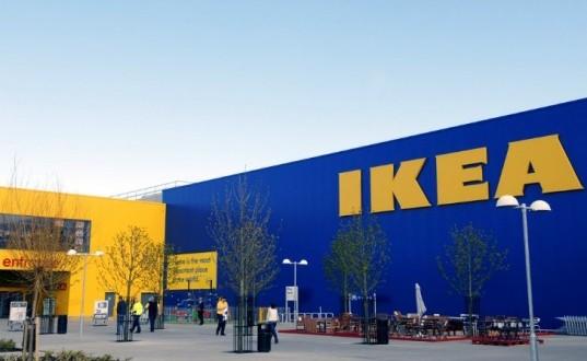 Baronissi, ragazzo autistico senza mascherina non entra da Ikea: la denuncia del sindaco