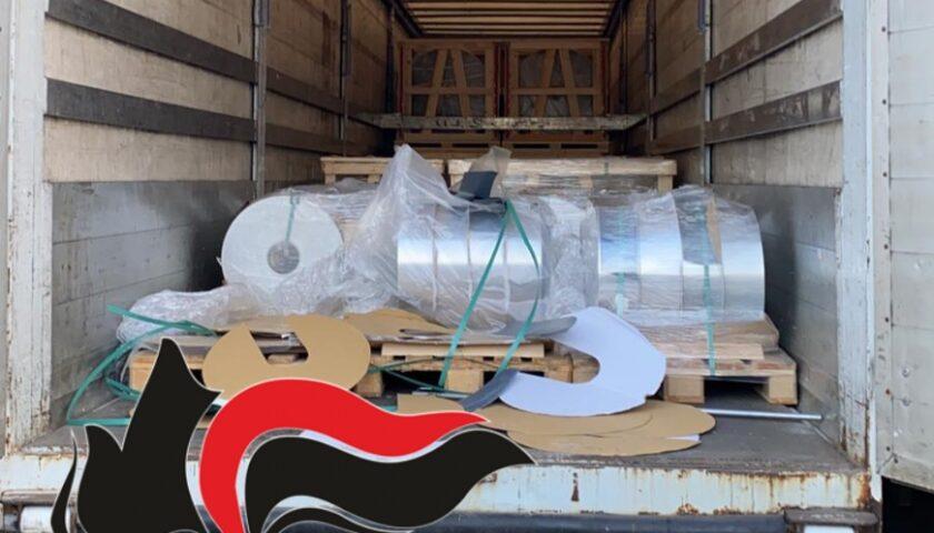 Scoperti con 20 tonnellate di alluminio provento di rapina in un camion: due uomini in manette a San Marzano sul Sarno