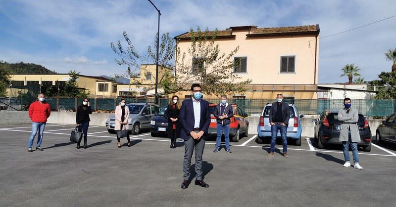 """Fisciano, inaugurato nuovo parcheggio. Il sindaco: """"Così si migliora la viablità"""""""