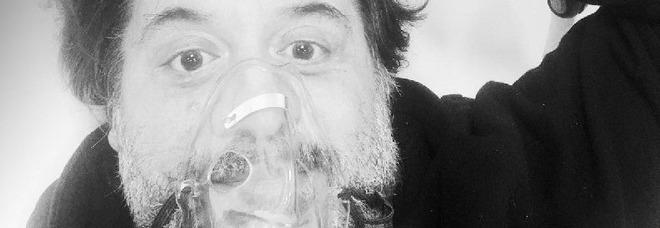 """Lillo in video collegamento con il festival Linea D'Ombra di Salerno: """"Positivo al covid"""". Trasferito in ospedale a Roma"""