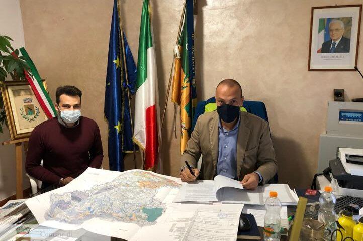 Montecorvino Pugliano, firmato il patto per la sicurezza urbana