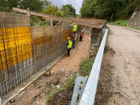 Proseguono i lavori lungo la SP 142 nel comune di Campora
