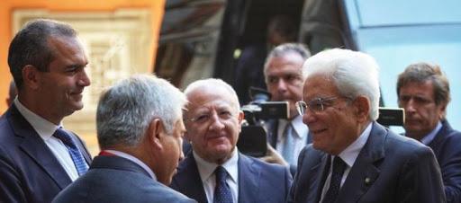 Il Presidente Mattarella avrebbe convinto De Luca a non firmare l'ordinanza per il lockdown