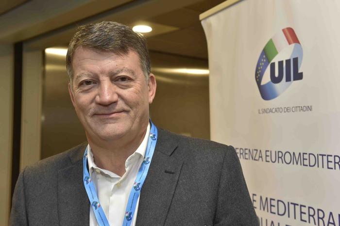 Il segretario generale Uil Pierpaolo Bombardieri a Scafati per l'inaugurazione della sede del sindacato