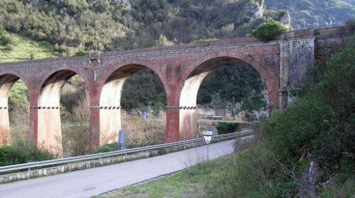 Oggi la chiusura del viadotto Mingardo per prove di carico sugli impalcati a fini di sicurezza