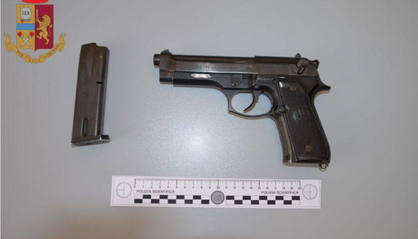 Trovato con una pistola clandestina e con munizioni, arrestato a Salerno Domenico Stellato figlio di Pappacchione