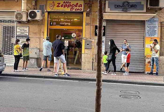 """Emergenza covid, la Zeppola d'Oro di Salerno chiude i battenti: """"Grazie a De Luca"""""""