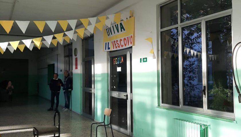 """Pagani, 7 tra docenti e alunni contagiati: il sindaci chiude il plesso """"Don Milani"""""""