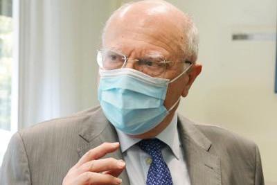 """Il professor Galli: """"Vaccino subito per tutti, altre varianti al covid in arrivo"""""""