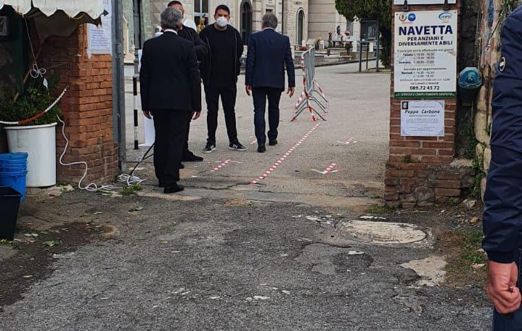 COMUNE DI SALERNO, VISITE AL CIMITERO IN MASSIMA SICUREZZA