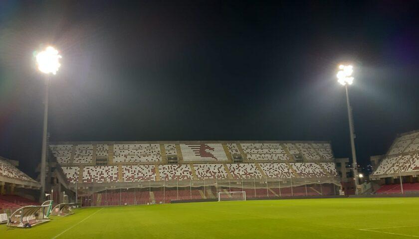 Salerno, Arechi illuminato per ricordare Maradona