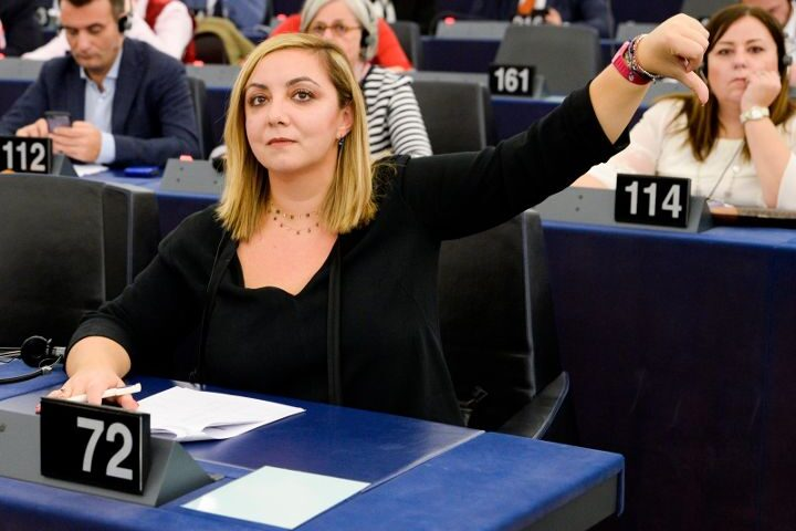 """CARENZA MEDICI IN ITALIA, ADINOLFI (M5S): """"BASTA AL NUMERO CHIUSO, NON MORTIFICHIAMO I NOSTRI RAGAZZI"""""""