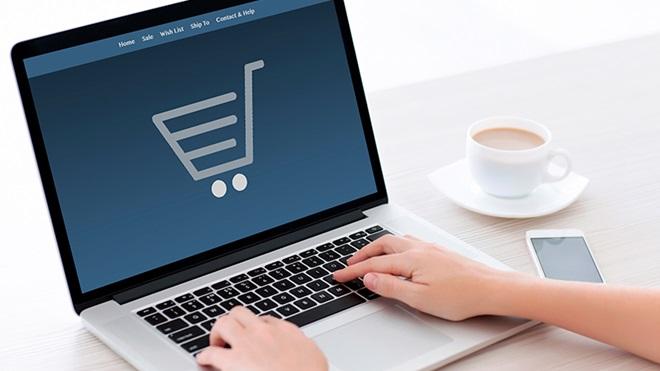Dal black friday al panic saturday, come acquistare on-line ed evitare fregature