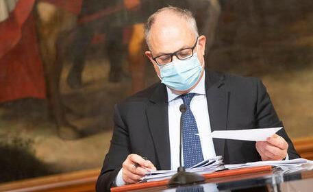 """Il ministro dell'Economia, Roberto Gualtieri: """"Non siamo in ritardo sul recovery fund"""""""