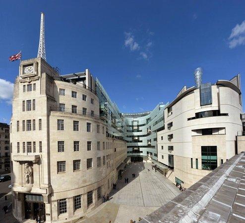 Accadde oggi: il 14 novembre 1922 con la nascita della Bbc, a Londra viene inaugurata la radiofonia inglese