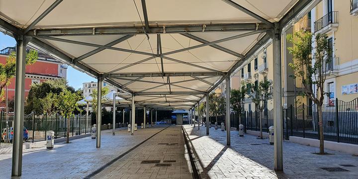 Copertura corta, salta l'inaugurazione del mercato di via Piave a Salerno