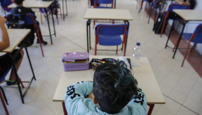 Campania, arriva l'ordinanza sulle scuole