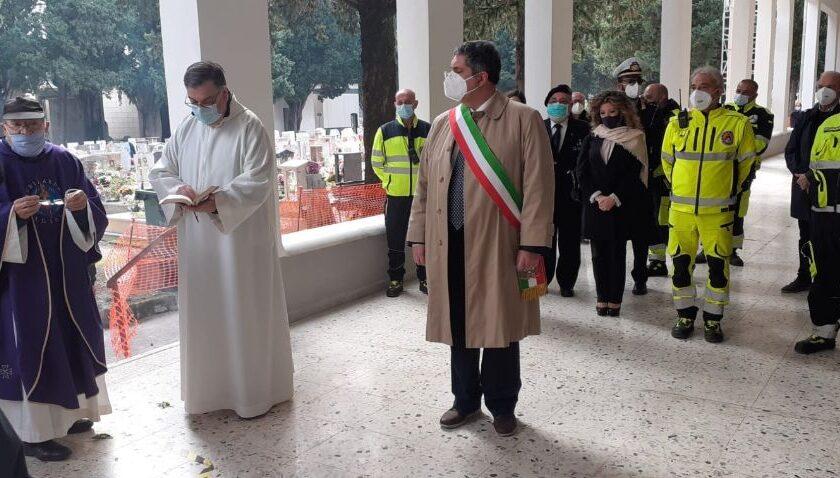 Cerimonia celebrativa all' interno del cimitero di Nocera Inferiore e Santa Messa in diretta televisiva dalla Cattedrale di San Prisco