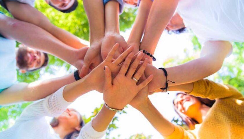 Sodalis,il Centro Servizi per il Volontariato della provincia di Salerno promuove le Micro Azioni Natalizie per supportare l'agire solidale